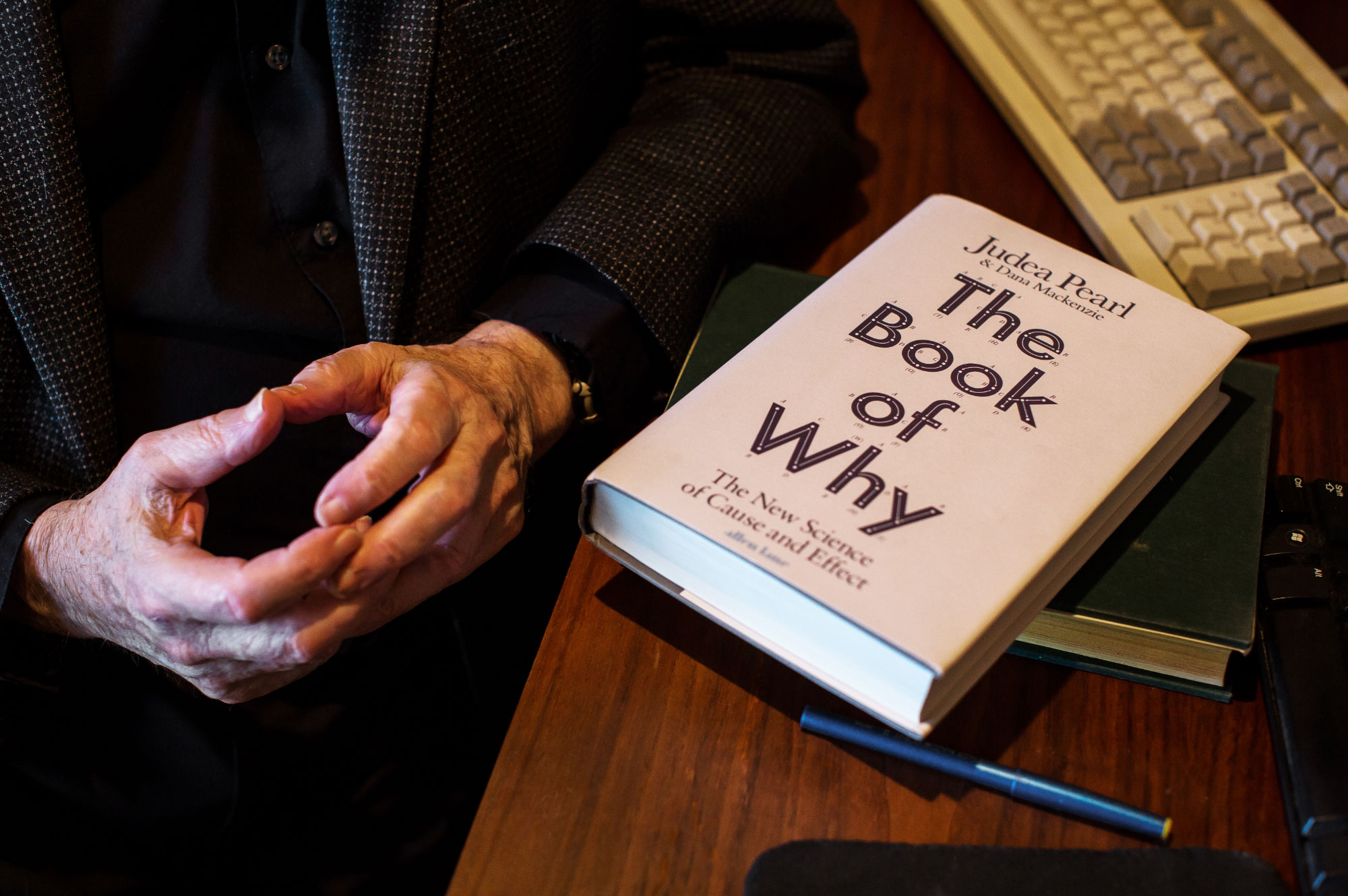 """Photo of Judea Pearl's book """"The Book of Why"""""""